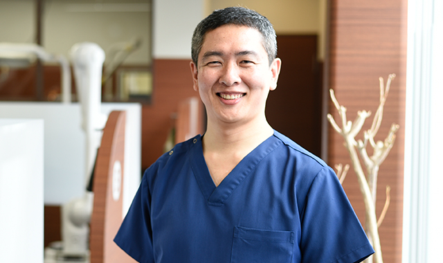 マウスピース矯正、目立たない矯正、前歯の歯並び改善なら香川県高松市の吉本歯科医院